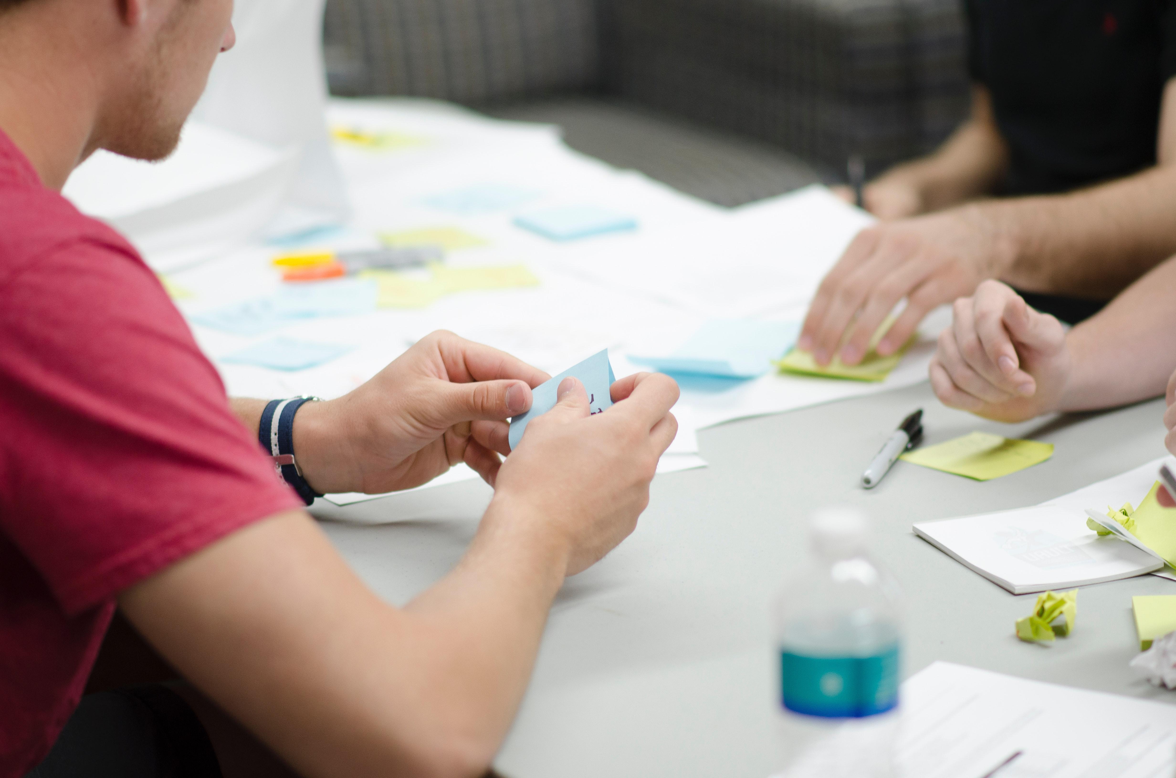 """Caratteristiche e benefici di un """"work environment"""" positivo"""