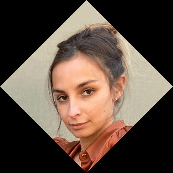 CAROLINA LODOVICI, Marketing Assistant